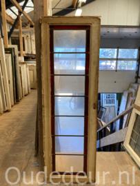 nr. gl510  smalle glas in lood raam