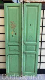 nr. set601 set oud groene deuren