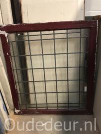 nr. GL410 oude glas in lood ruit