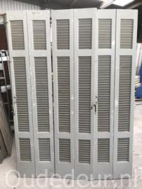 nr. L150 set van zes gelijke louvre deuren