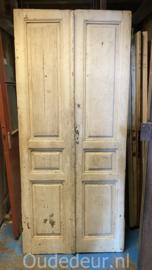 nr. set537 stel oude smalle deuren