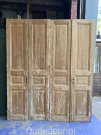nr. set626 twee gelijke sets kale oude deuren
