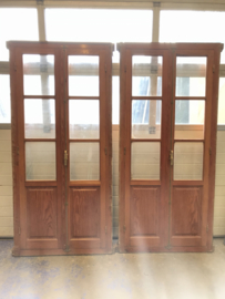 nr. set789 setje oude deuren in kozijn