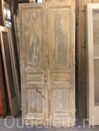 nr. set707 set van twee antieke deuren half geloogd