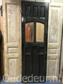 nr. v154 antieke voordeur
