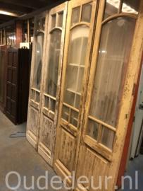 nr. set832 twee gelijke sets oude glasdeuren
