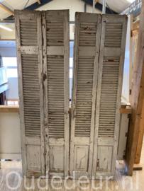 nr. L550 set van vier oude louvre deuren
