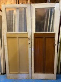 nr. 24 oude paneeldeuren met twee staande panelen