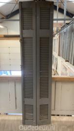 nr. L628 grijze louvre deurtjes