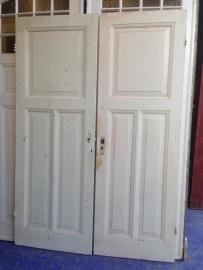 nr. 1037 antieke deur met drie vlakken