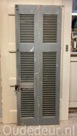 nr. L402 twee keer louvre deur