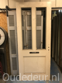 nr. v183 hardhouten voordeur, nog zonder glas