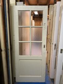nr. 2256 deur in antieke stijl met 6 ruiten (1 kapot)