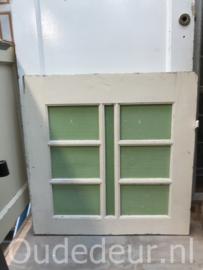 nr. r202 oud raam  groenig glas