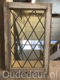 nr. GL442 oude glas in lood raam