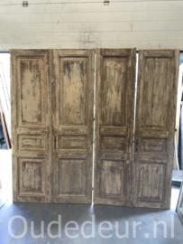 nr. set996 twee sets oude deuren