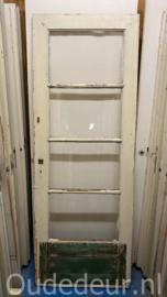 nr. 2391 oude deur met vier ruiten