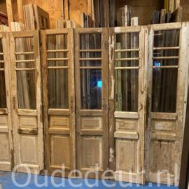 nr. set513 2 setjes oude half geloogde deuren met glas