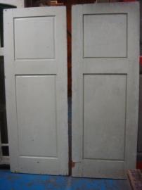 nr. 52 antieke twee vlaks deuren ( meerdere stuks)