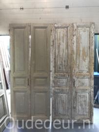 nr. set979 twee setss gelijke antieke deuren