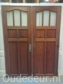 nr. 1233 antieke deur met ruitjes