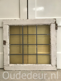 nr. GL414 glas in lood raampje geel glas
