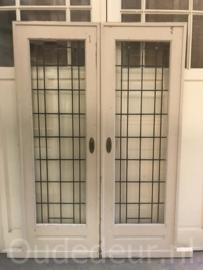 nr. e245 set glas in lood deuren jr.30