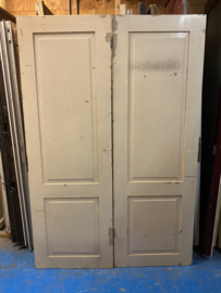 nr. 1g setje oude kastdeuren