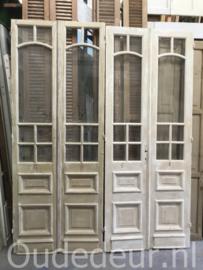 nr. set828 twee sets oude deuren