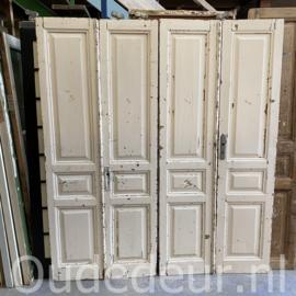 nr. set597 twee gelijke sets antieke deuren