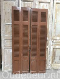 nr. L425 set bruine louvre deuren