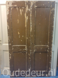 nr. 1k twee gelijke oude deuren