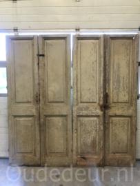 nr. set680 nog een set oude deuren