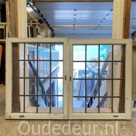 nr. gl569 ramen met blank glas in lood