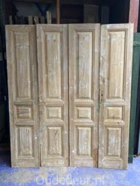nr. set625 twee sets geloogde antieke deuren
