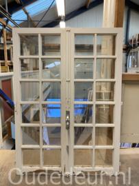 nr. R303 set antieke ramen met roedeverdeling
