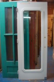 nr. 2011 binnen deur met veel glas