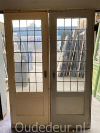 nr. e407 ensuite deuren met blankglas in lood