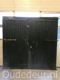 nr. set897 twee grote garage deuren