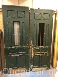 nr. v175 antieke grenen voordeur