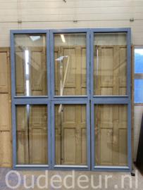 nr. r229 serie hardhouten ramen met dubbel glas