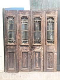 nr. set907 vierslag antieke voordeuren met smeedwerk
