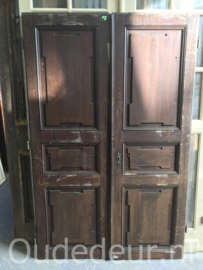 nr. set964 setje lage oude kastdeuren