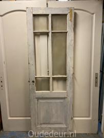 nr. 2368 antieke deur met 6 ruitjes