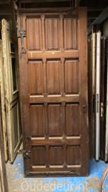 nr. 1417 antieke grote zware deur