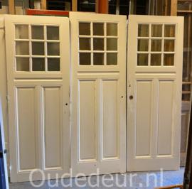 nr. 1482 3 gelijke antiek deuren