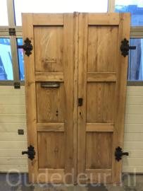 nr. set688 stel oude voordeuren geloogd