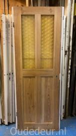 nr. 1504 oude deur met geel glas
