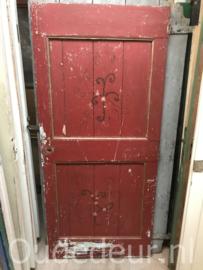nr, 4212 oude opgeklampte deur