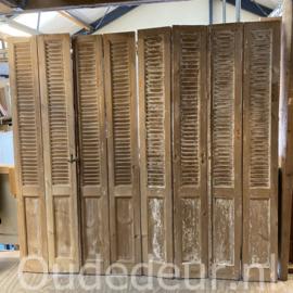 nr. L70 set van 4 geloogde oude louvre deuren